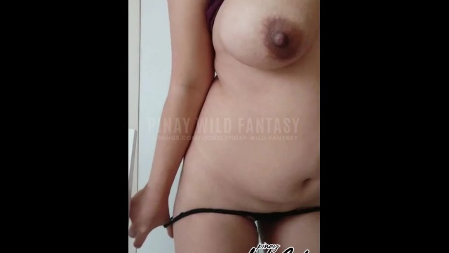 Hot Horny Pinay Danced Naked on Cam