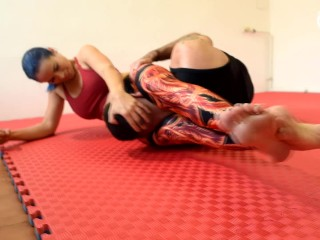 Mixed wrestling foot domination (footdom, wrestling feet, foot smother, foot worship, femdom, toes)