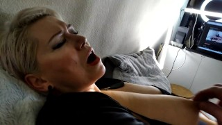 Games with the nipples of a mature bitch, a close-up blowjob and a wild orgasm of a depraved MILF ))