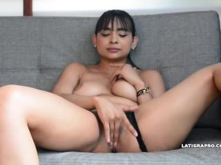 VALERIA MARTINEZ MODELO LATINA