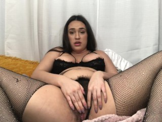 Super wet pussy play with lots of noises