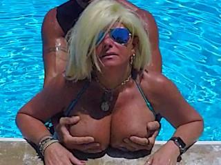 SEXIEST BIKINI FUCK EVER PT 2. Hooters stepmom Fucks Fit stepson in Pool