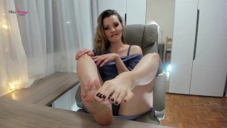 Training my foot slave addict during livecam session