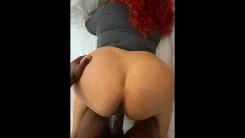 ebony girl fingering pussy