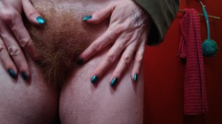 Red Head Trans Bush Masturbation