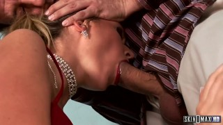Cherry Jul Ass and Pussy Play in Foursome!
