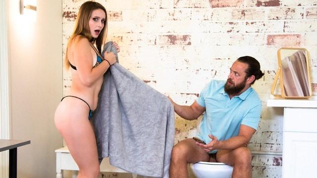 หนังโป๊น่าดู Laney Grey น้องสาวน่าเย็ด หีอวบนมใหญ่แบบแน่นๆ คนละพ่อแบบนี้ล่อกันได้ เย็ดหีกันให้มันส์น้ำกระจาย