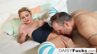 Daisy Monroe seduces her tutor and pays him in her own way!