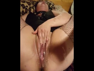 MAKING HER GUSH SQUIRT 2X IN 2 MINS!