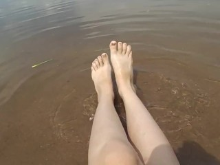 legs on the river