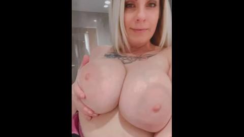 Brunette pawg big nipples por tubes Pawg Solo Porn Videos Pornhub Com