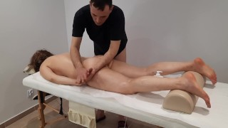 Amateur full body massage for a horny roommate with a happy ending