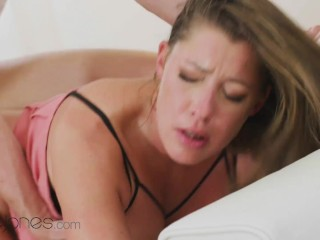 Dane Jones Elisa Tiger gives blowjob and has romantic orgasm with Ricky
