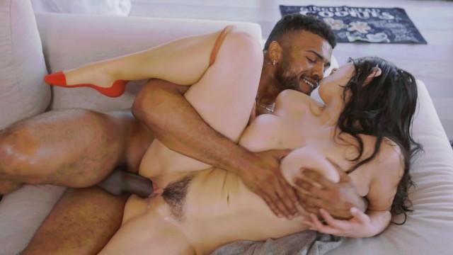 pornhub หนังโป๊เด็ด ควยดำใหญ่เท่าแขน ประชันกับหีเล็ก สาวนมใหญ่สไตล์เซ็กซี่ ทรงนางแบบน่าเย็ด เอากันให้น้ำแตกคารู