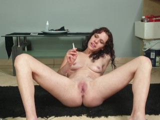 Naked tiny milf giving exact smoking and ashing instructions