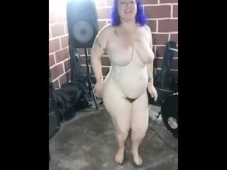 BBW Tattooed Milf Dance