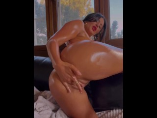 Oiled Gia Harveyxx Masturbation
