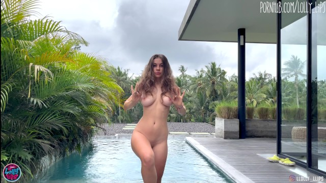 sexy girl with hot body and big tits wants fuck me