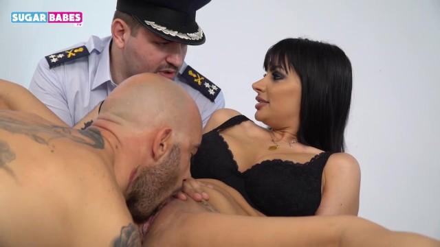 SUGARBABESTV : GREEK POLICE KNOW HOW TO FUCK - Pornhub.com