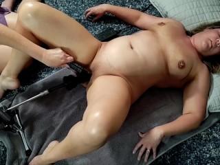 BeckyTailor - First time dildo fuck machine ft HeidiNite