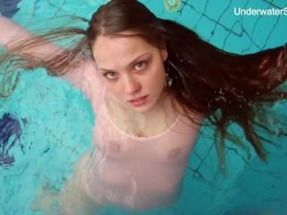 Hottest underwater tight babe Simonna