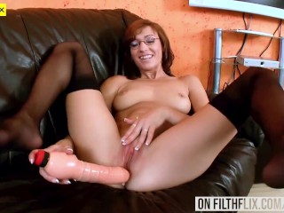 Closeup Pussy Play For Amateur
