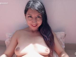Hermosa Latina Se Masturba Su Cremosa Vagina Y Llega A Un Orgasmo Delicioso