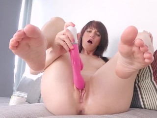 CAUGHT MASTURBATING OOOPS! Fully naked Footjob till Mutual Orgasm - OnlyFans Preview FootjobsQueen