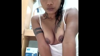 Eating at home and flashing boobs while doing live show P1