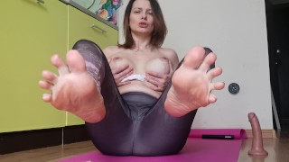 Footjob with Feet Close up, Dirty Talk, JOI - LittleMaryLove