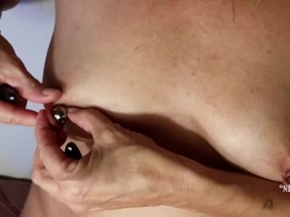 removing my nipple tunnels & inserting big beads into my xxl nipple piercings & magnet nipple play