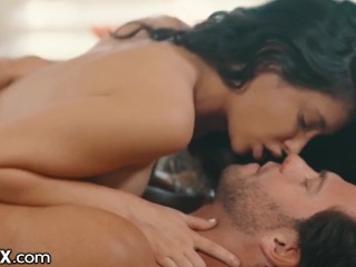 Cheating Boyfriend Wins Petite Babe Jane Wilde Back – EroticaX