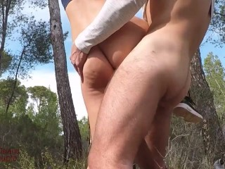 Risky UNPROTECTED CREAMPIE by stranger – I was horny & got fucked by a randomer during my hike