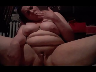 I cum in under 1 minute here, sorry about my stomach