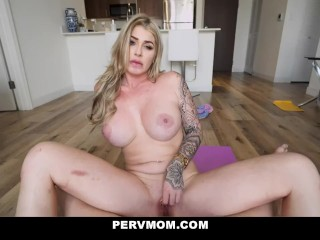Blonde Busty Stepmom Lolly Dames Helps Stepson With His MILF Porn Mania