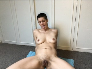 Shy girl showing her body and her pussy - 2
