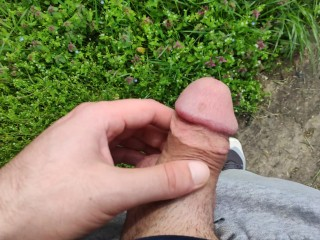 BIG DICK PISSING IN THE WILD PUBLIC