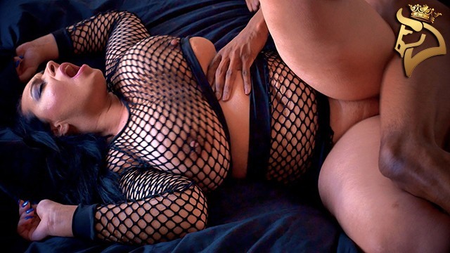 Curvy Slut Anastasia Lux and her Big Natural Boobs Takes Black Cock in Fishnets