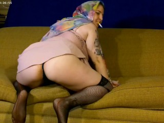 4K HD Arabic Goddess sexy smoking striptease! Unveiling her sacred temple, Worship her goddess body!