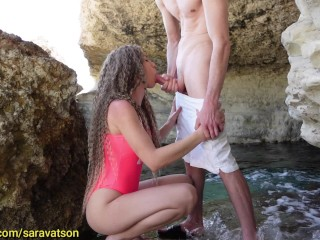 Public Blowjob on the Beach with Cum in Mouth !