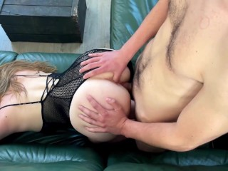 TEEN SUCKING AND DOGGY STYLE IN THE AFTERNOON