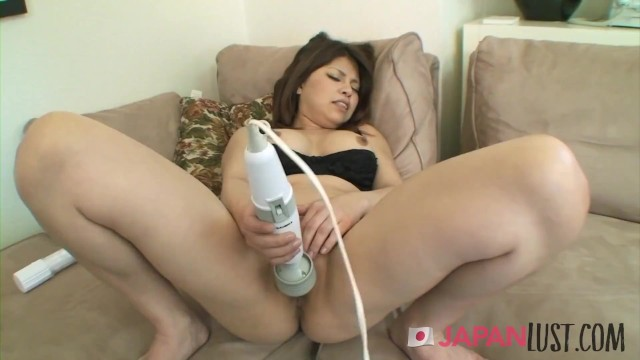 Busty Japanese Cougar Gets Two Loads Of Cum In Her Mouth