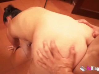 Cuckold husband films her wife banging a dude
