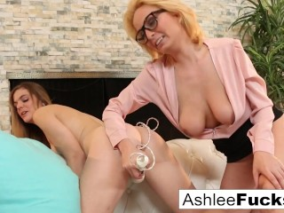 Sexy MILF Is Fucked By Her Hot Stepdaughter