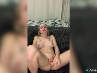 Hot Creamy Pussy Beg to Cum While She's So Wet
