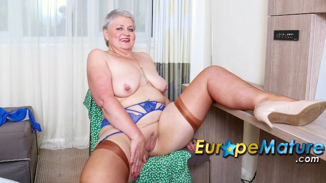 EUROPEMATURE Busty Mature Candy Cummings Exposing Her Tits And Fucked Herse ...