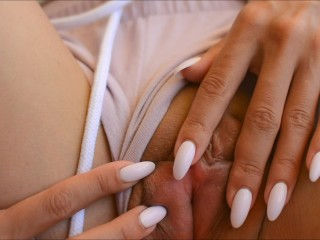 Tanned petite beauty fucked by stranger in hotel – Squir7een