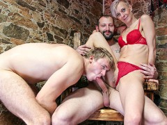 Cuckold Fetish in the Dungeon