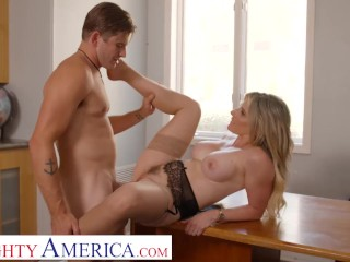 Naughty America – Cory Chase gives student tips on making a women's pussy dripping wet