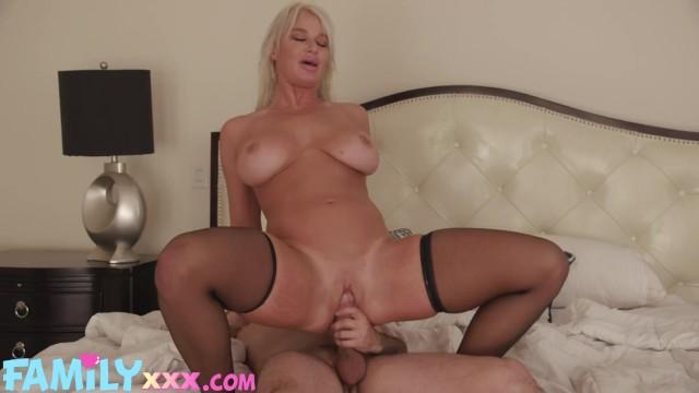 FamilyXXX - Squirting Blonde Milf Step Mom London River Big Cock Cum On Big Tits